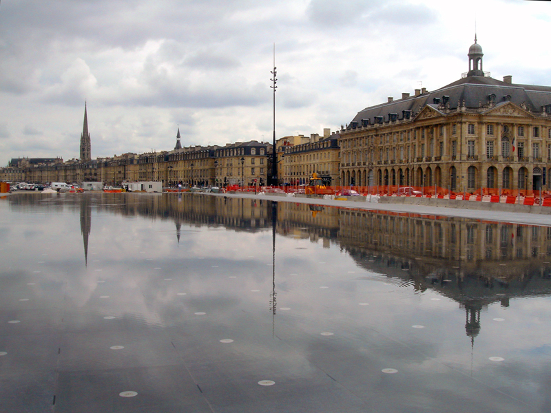 Bordeaux quais miroir 20 for Miroir bordeaux